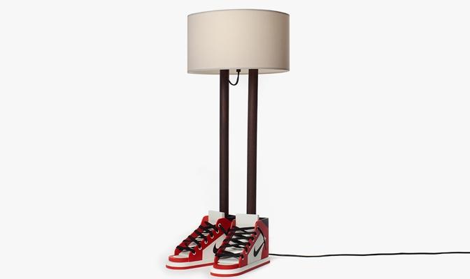 6FT 6IN Lamp