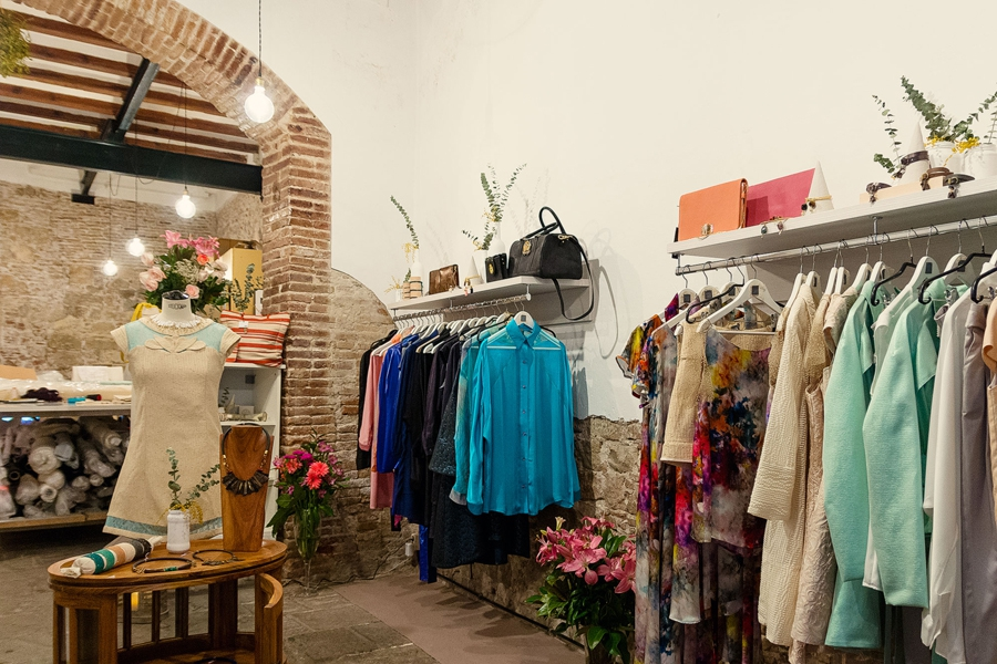 Montse Liarte Boutique