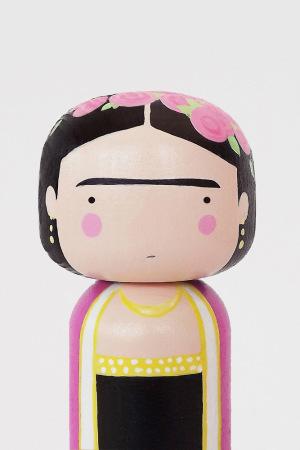sketchinc-kokeshi-dolls-11-300x450