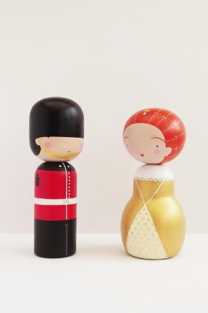 sketchinc-kokeshi-dolls-12-300x450