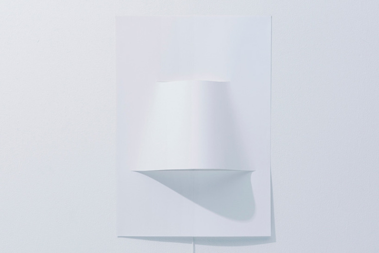 yoy-design-studio-creates-a-poster-lamp-from-a-single-sheet-of-paper-4
