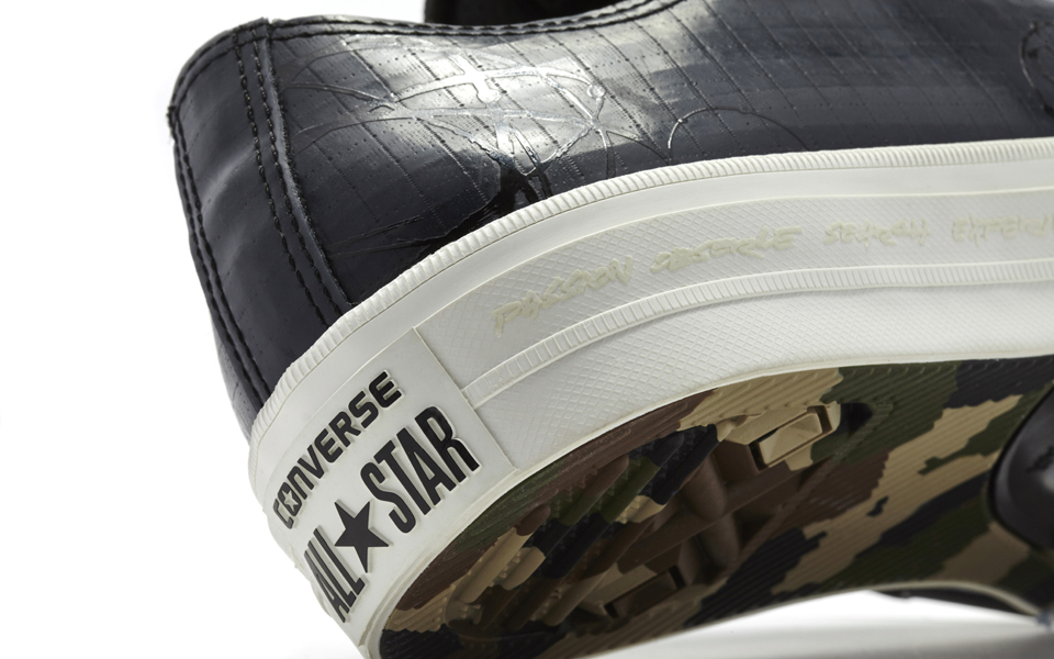Converse_Chuck_Taylor_All_Star_II_Futura_-_Low_Top_Back_33957