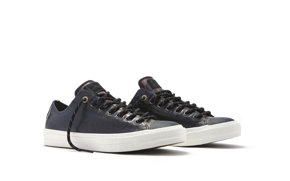 Converse_Chuck_Taylor_All_Star_II_Futura_-_Low_Top_Side_33960