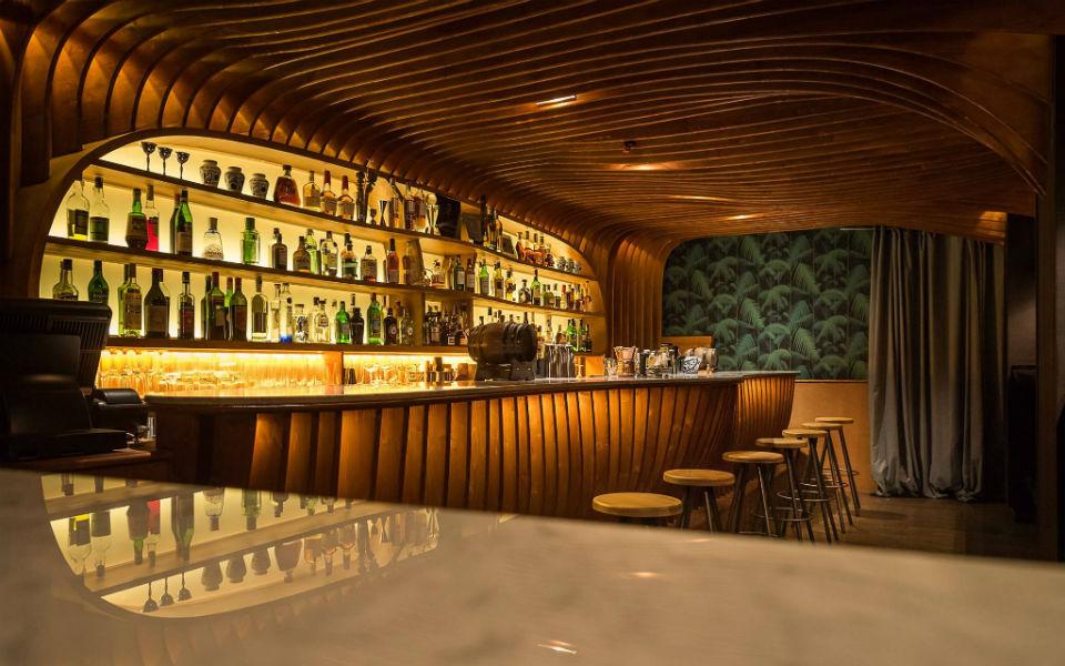 Paradiso, el nuevo cocktail pastrami club del Born