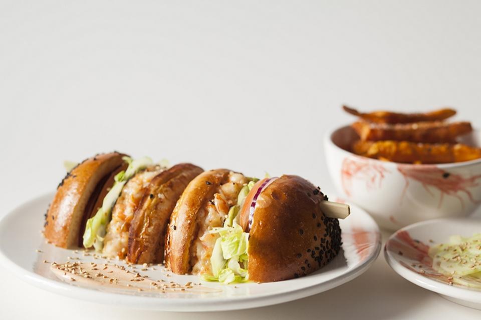 Izakaya, celebrando el 10 aniversario de Home Burger Bar