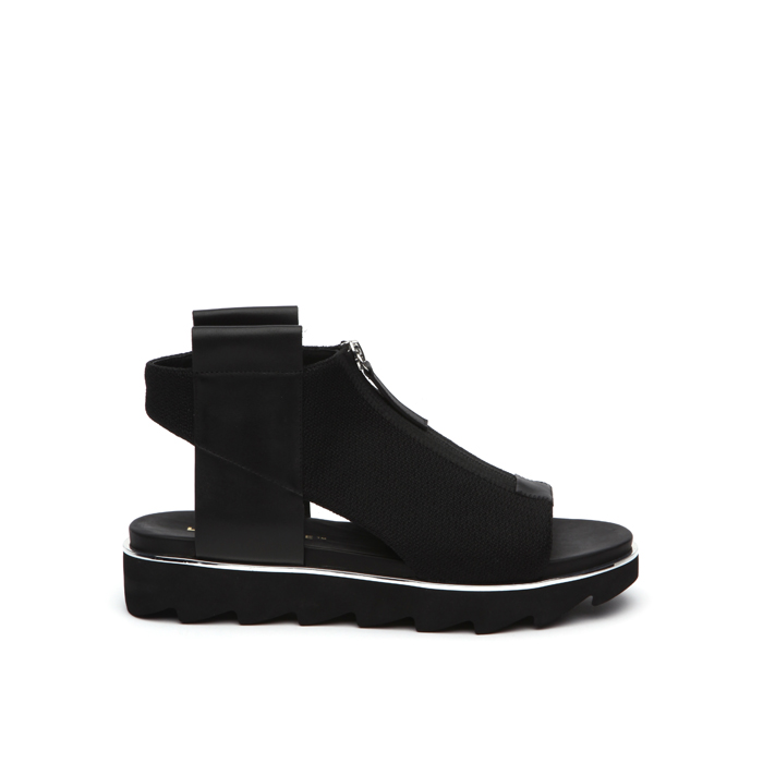 rico-sport-black-out