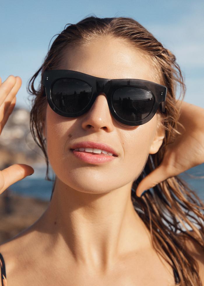 Swimwear & Other Stories 25