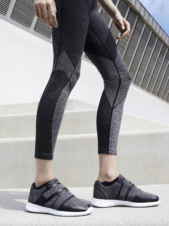 Oysho gymwear Digital Future (25)