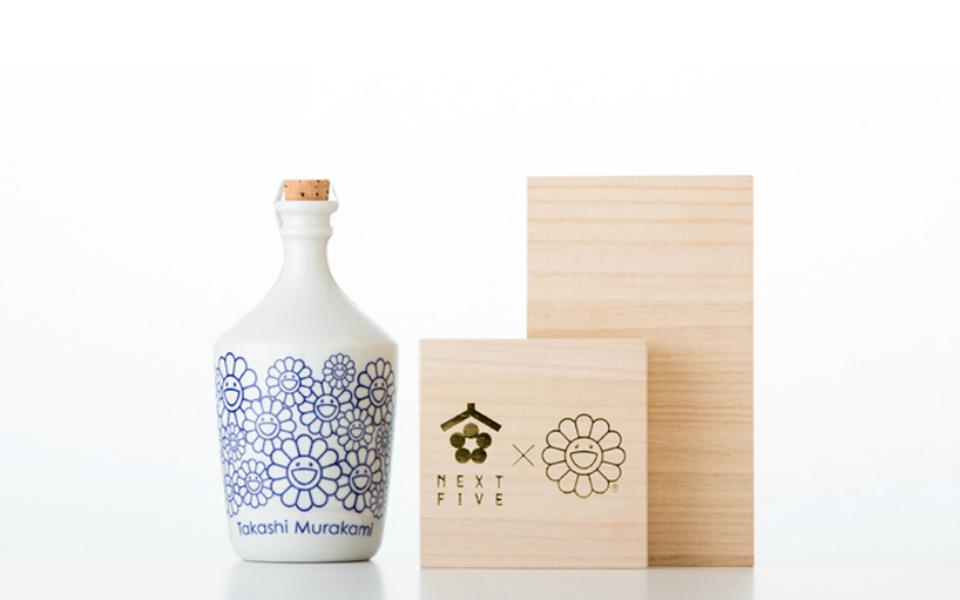 takashi-murakami-sake-bottle-next-5-designboom-03
