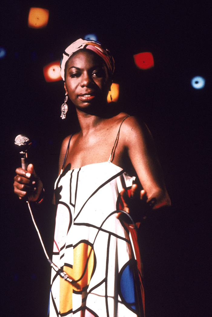 ninasimone-colorsonybmghigh