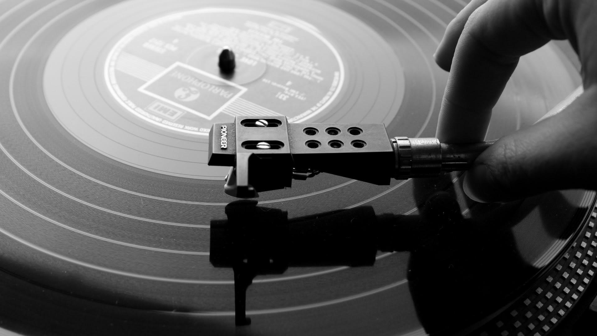 Rhythm Control, nuevo reducto del vinilo en Barcelona