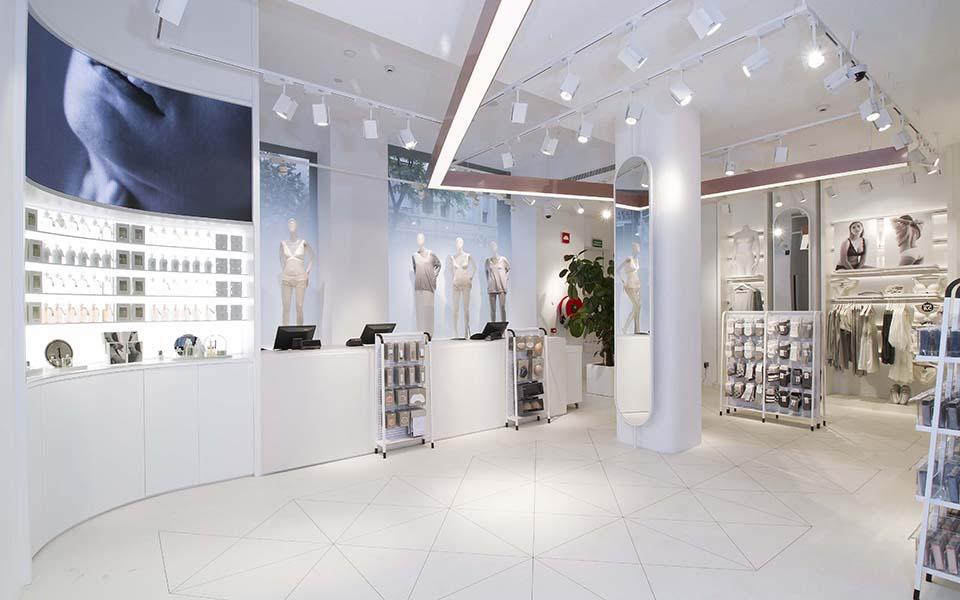250m2 de flagship store de Oysho en Diagonal
