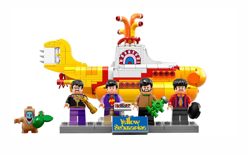 yellow-submarine-the-beatles-lego