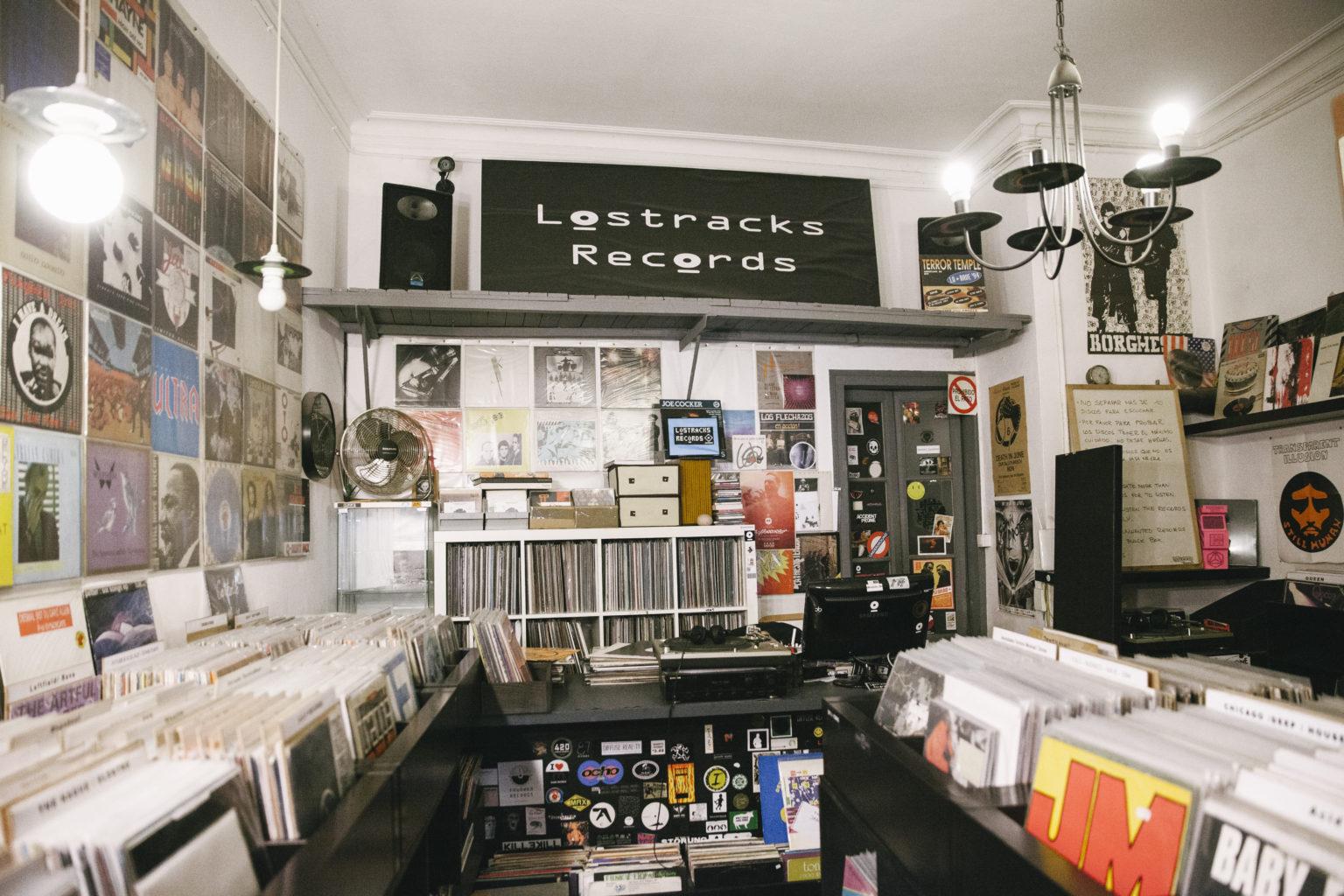 Lostracks: un oasis de vinilos en Gracia - Good2b lifestyle ...