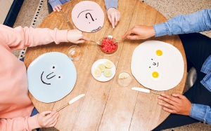 face-plates-jean-jullien-case-studyo-designboom-01