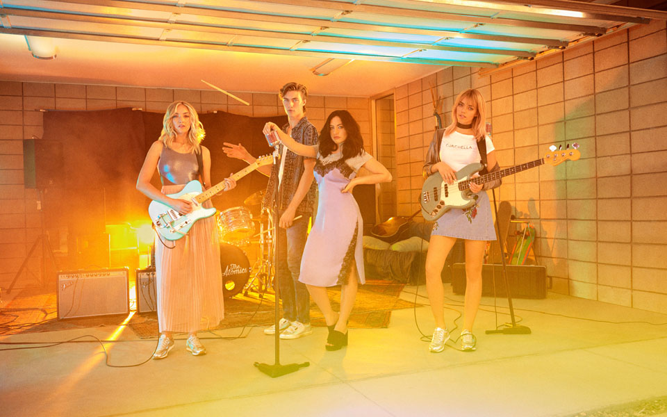 The Atomics protagonizan la campaña H&M Loves Coachella