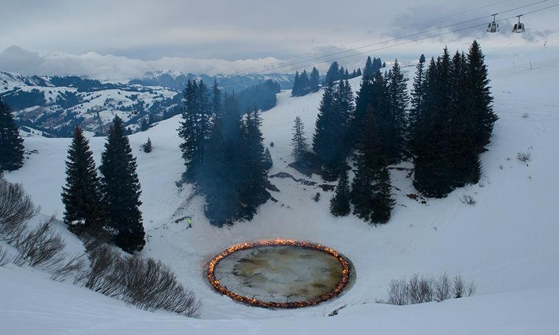 Elevation 1049: avalanche, arte en mitad del paisaje alpino