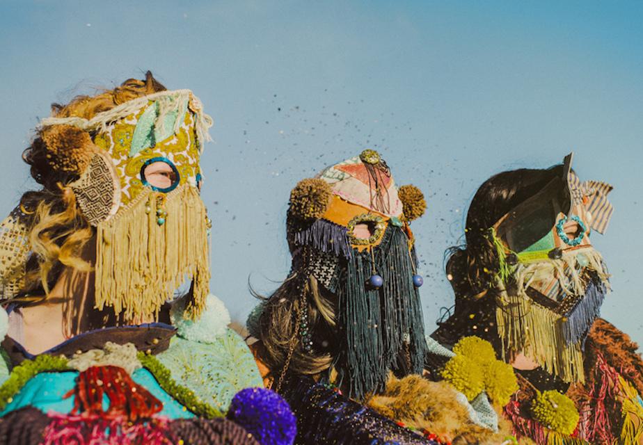 'Cosmic Costumes', las etnias del futuro de Bunnie Reiss
