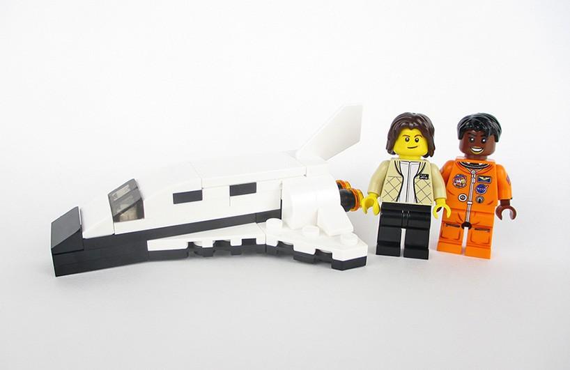 lego-nasa-women-designboom-03-01-2017-818-007-818x531