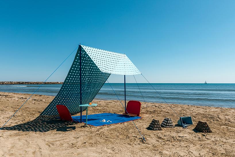 5.5designstudio y la playa como espacio expositivo