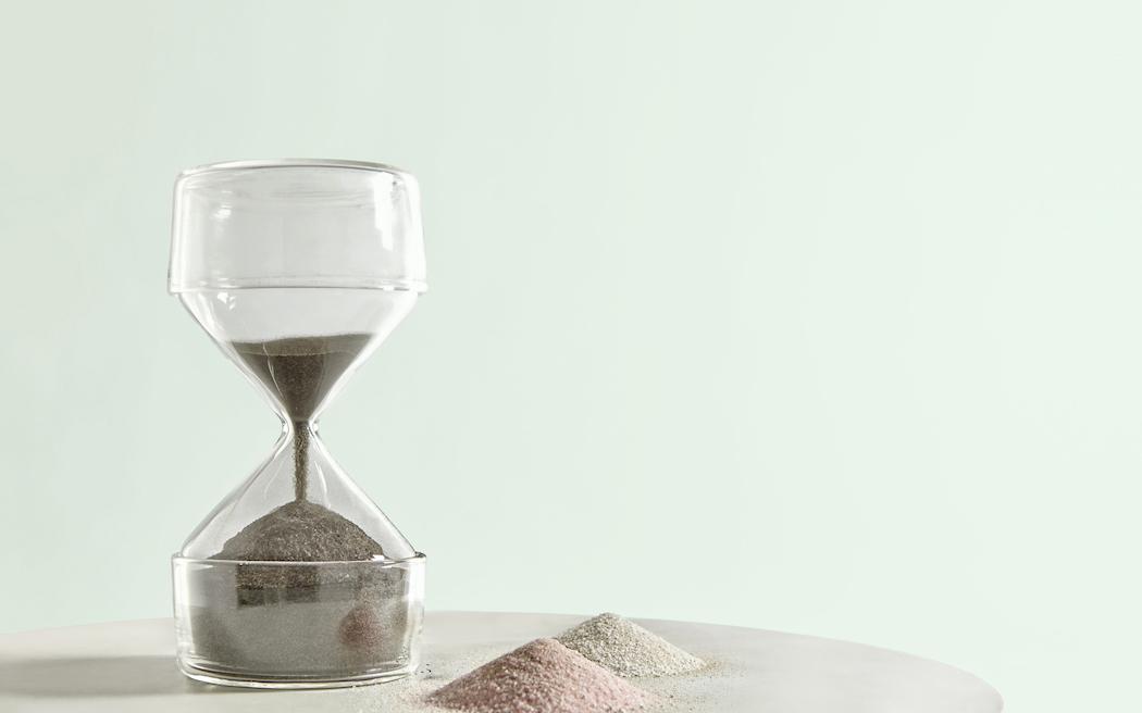 sovrappensiero_-design-_-hourglass-1