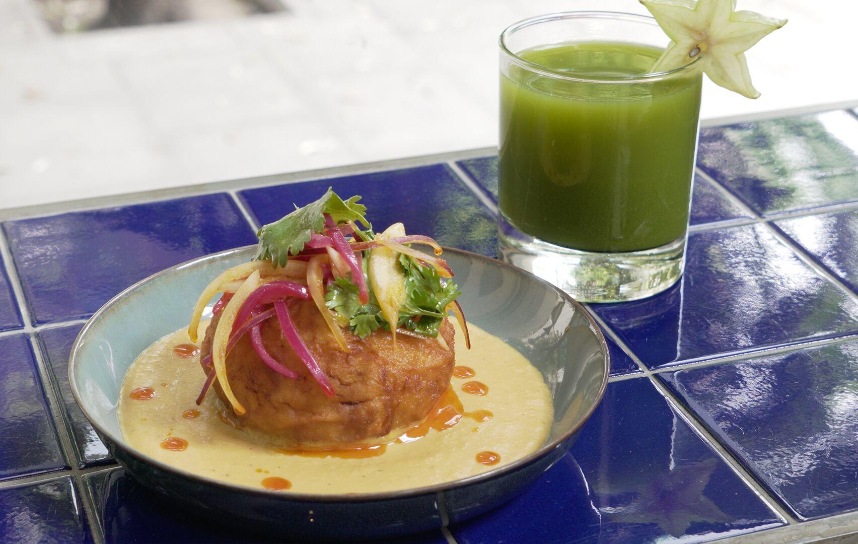 Zumo Verde y Bomba Vegetariana (Perú) _preview