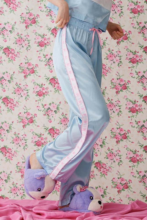 http_bae-hypebeast-comfiles201711lazy-oaf-lingerie-nightwear-collection-13