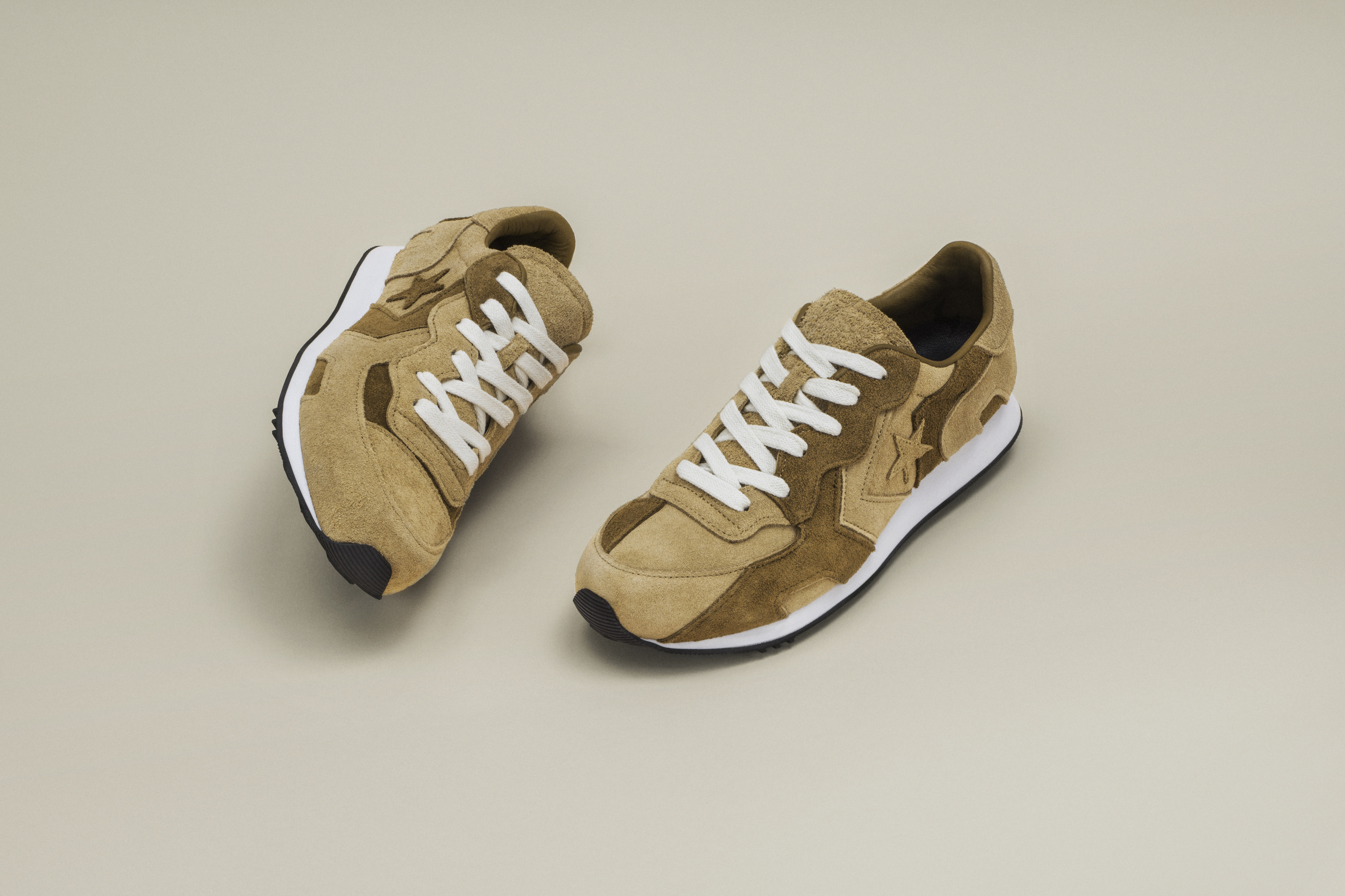 suede_thunderbolt_product_77745