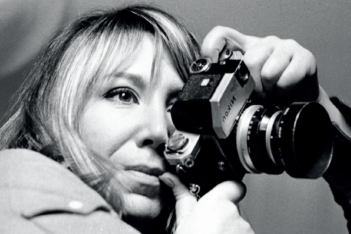 Recordamos a Joana Biarnés, la pionera del fotoperiodismo en España