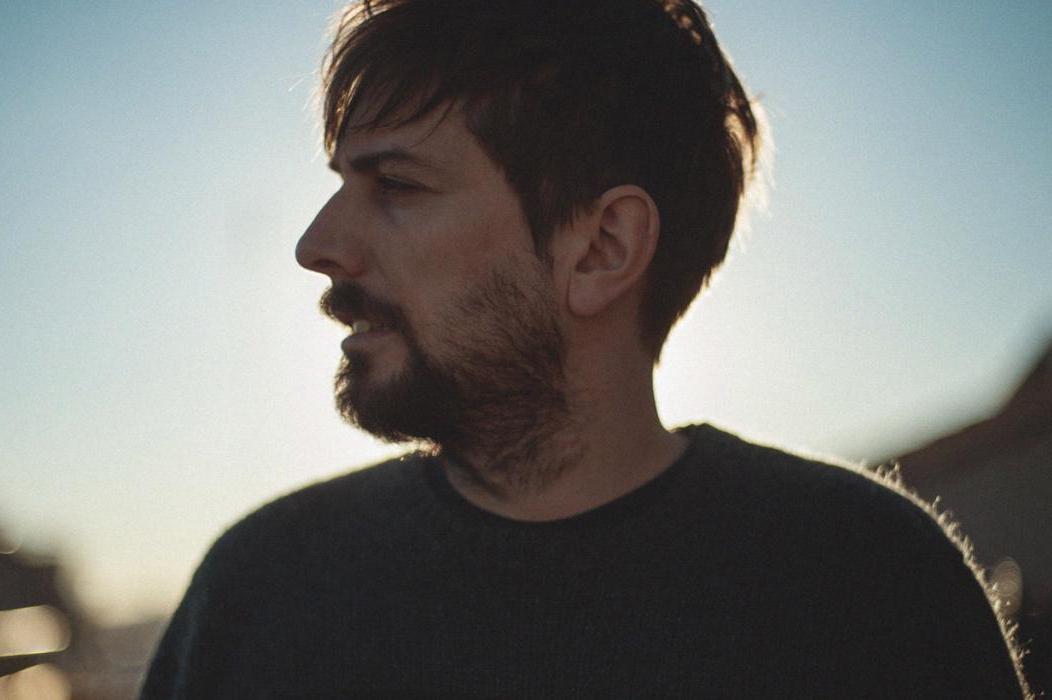 Pau Vallvé vuelve con nuevo disco bajo el brazo: 'Life vest under your seat'