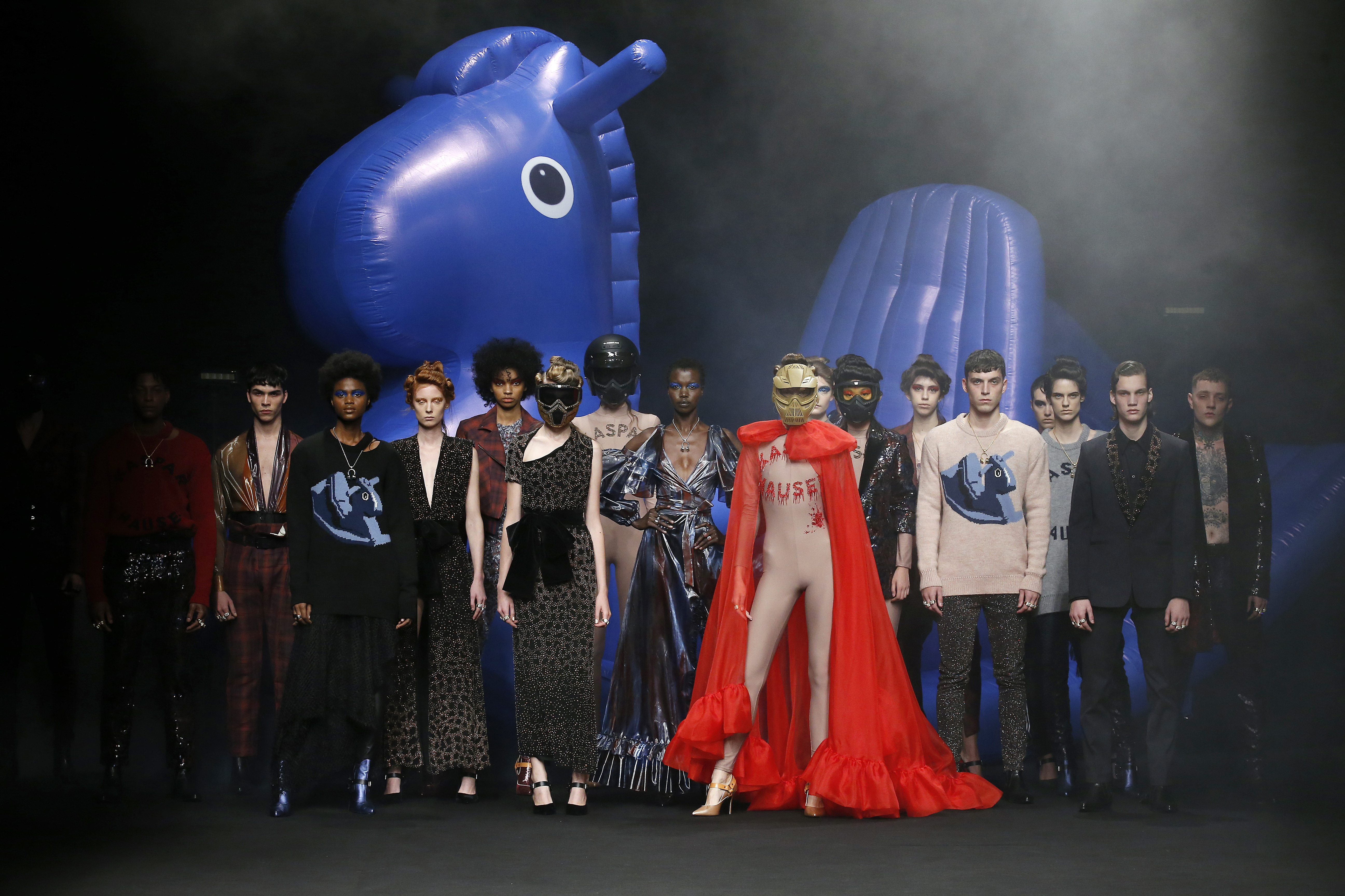 Ana Locking presenta Kaspar Hauser para la FW19-20 en la Mercedes Benz Fashion Week Madrid