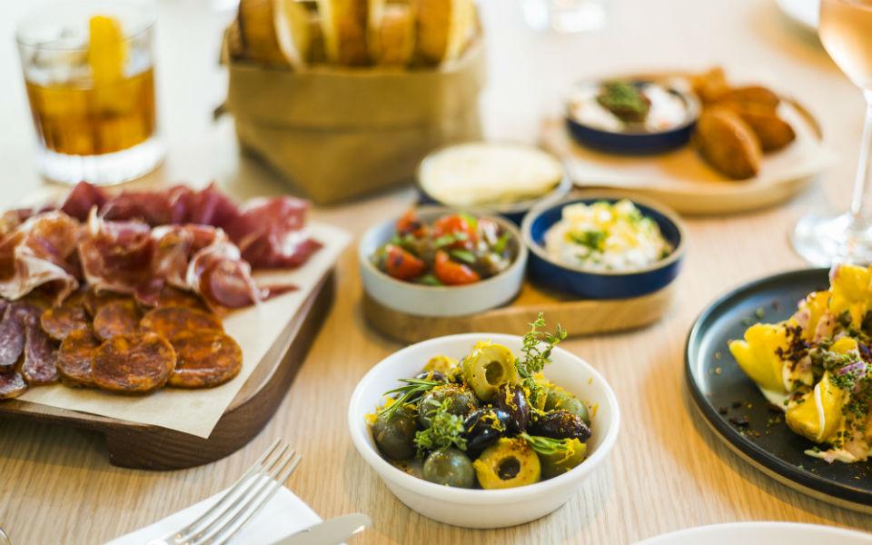 Bar Veraz, el nuevo 'place to be' en los alrededores de Santa Caterina