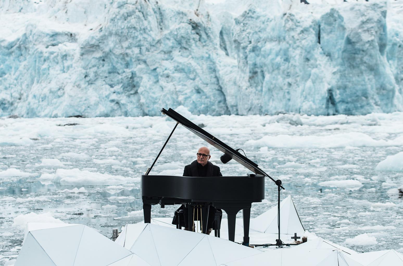 Ludovico Einaudi, The Cinematic Orchestra, Stephen Malkmus, Grimes, Benjamin Francis Leftwich, De Staat… ¡Novedades primaverales!
