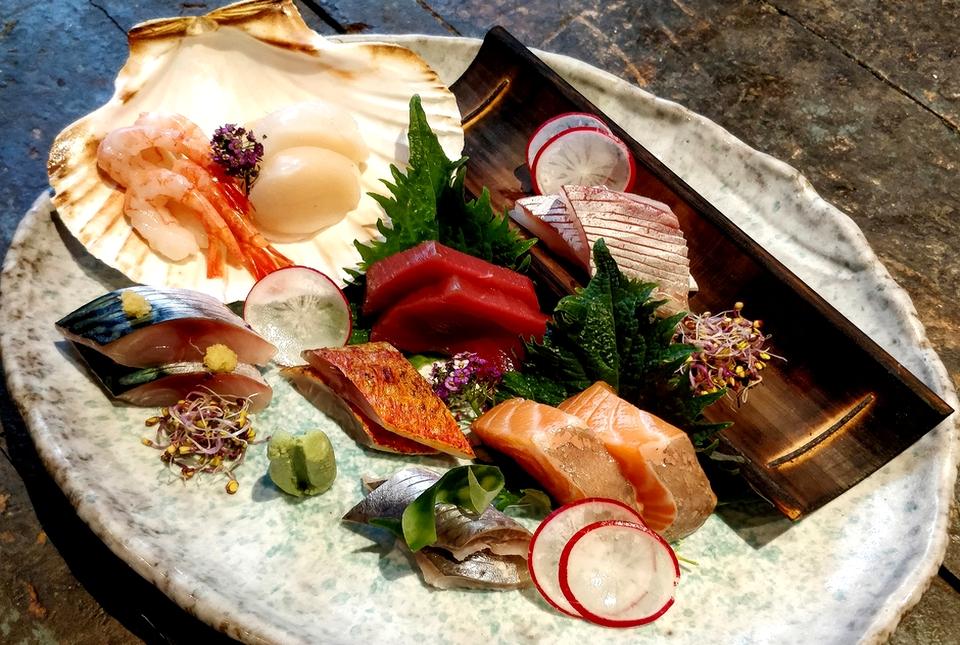 sushi_bar_hannah_1