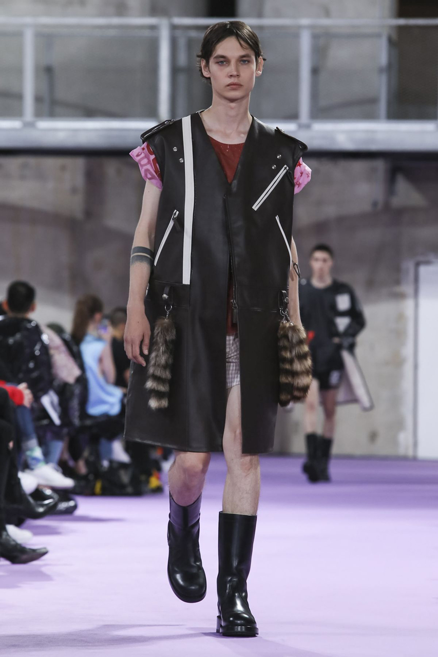 raf-simons-spring-summer-2020-mens-runway-collection-pfw-37