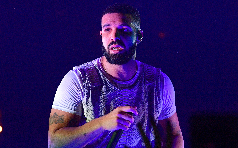 Drake lanza 'Care Package', una nueva compilación de canciones inéditas