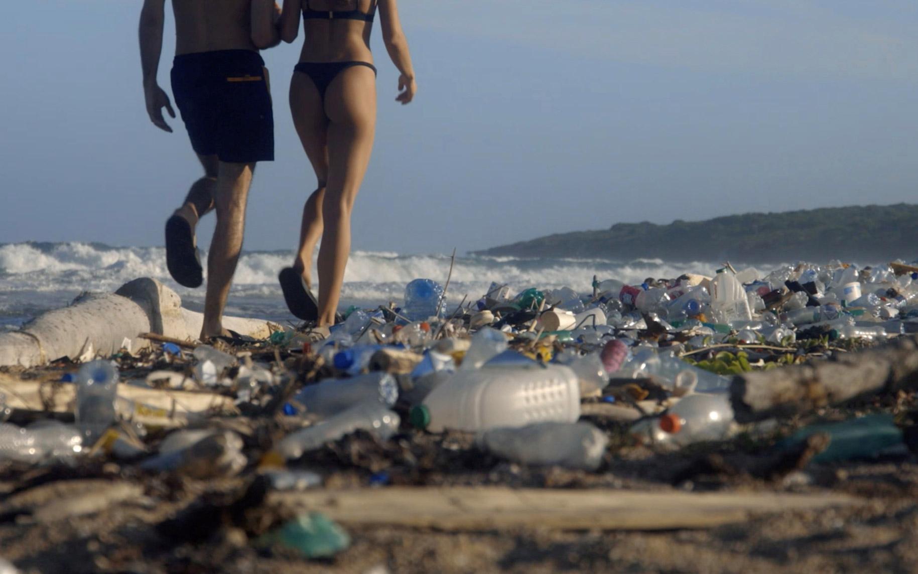 Pornhub lanza la campaña 'Dirtiest Porn Ever' para salvar los océanos