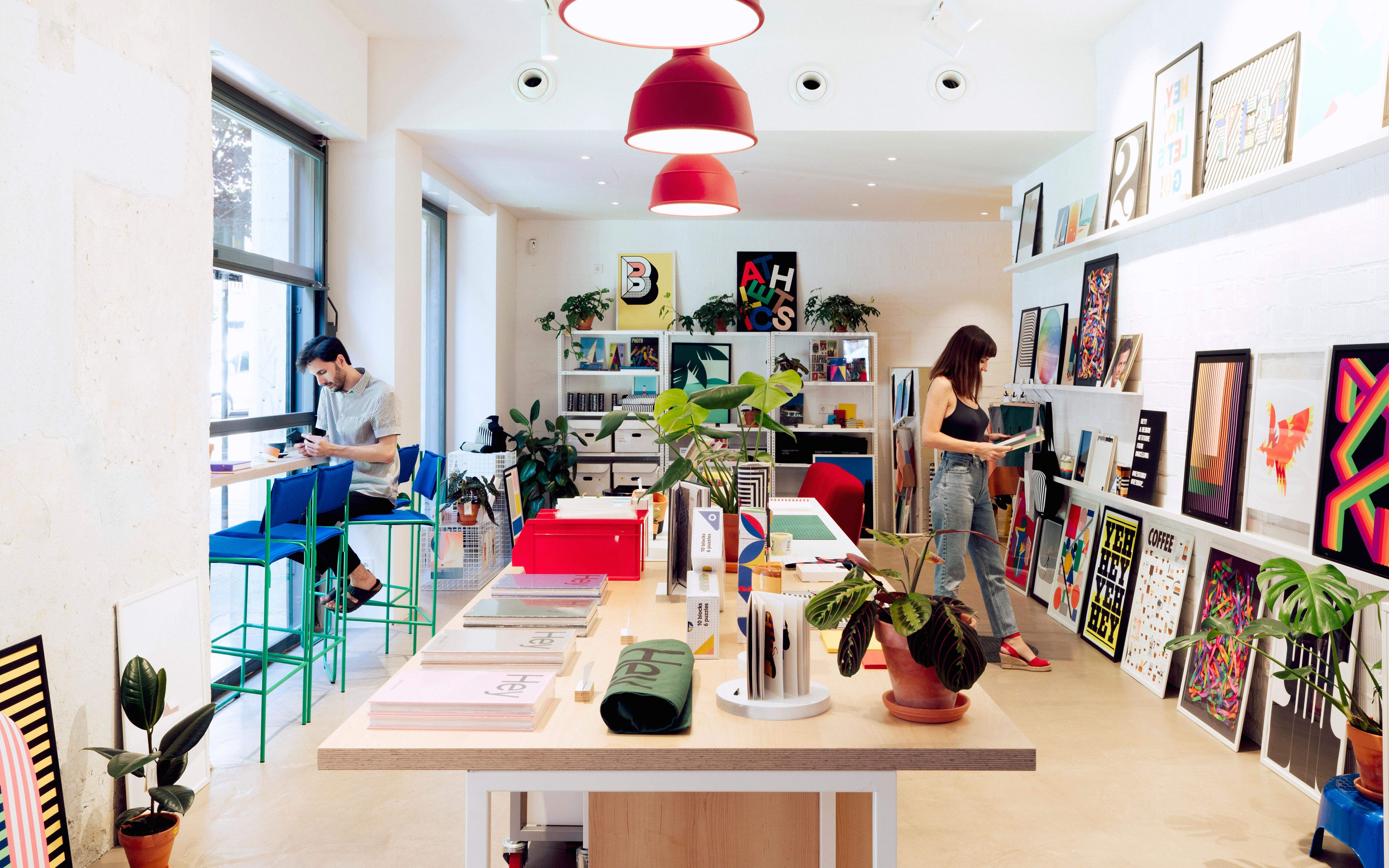 Hey Shop abre su primera concept store en el Raval