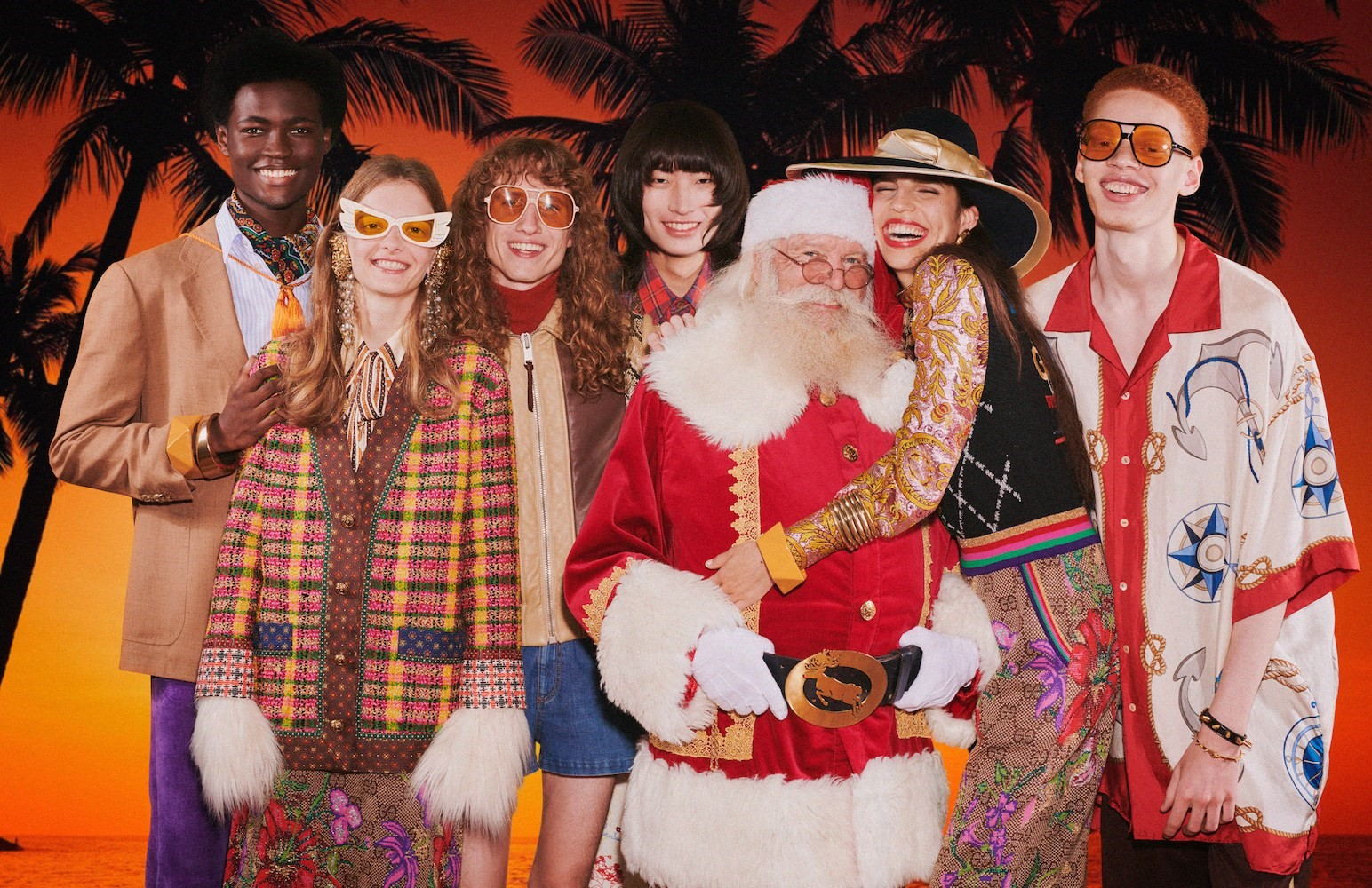 Gucci adelanta la Navidad con su nueva campaña 'Gift Giving'