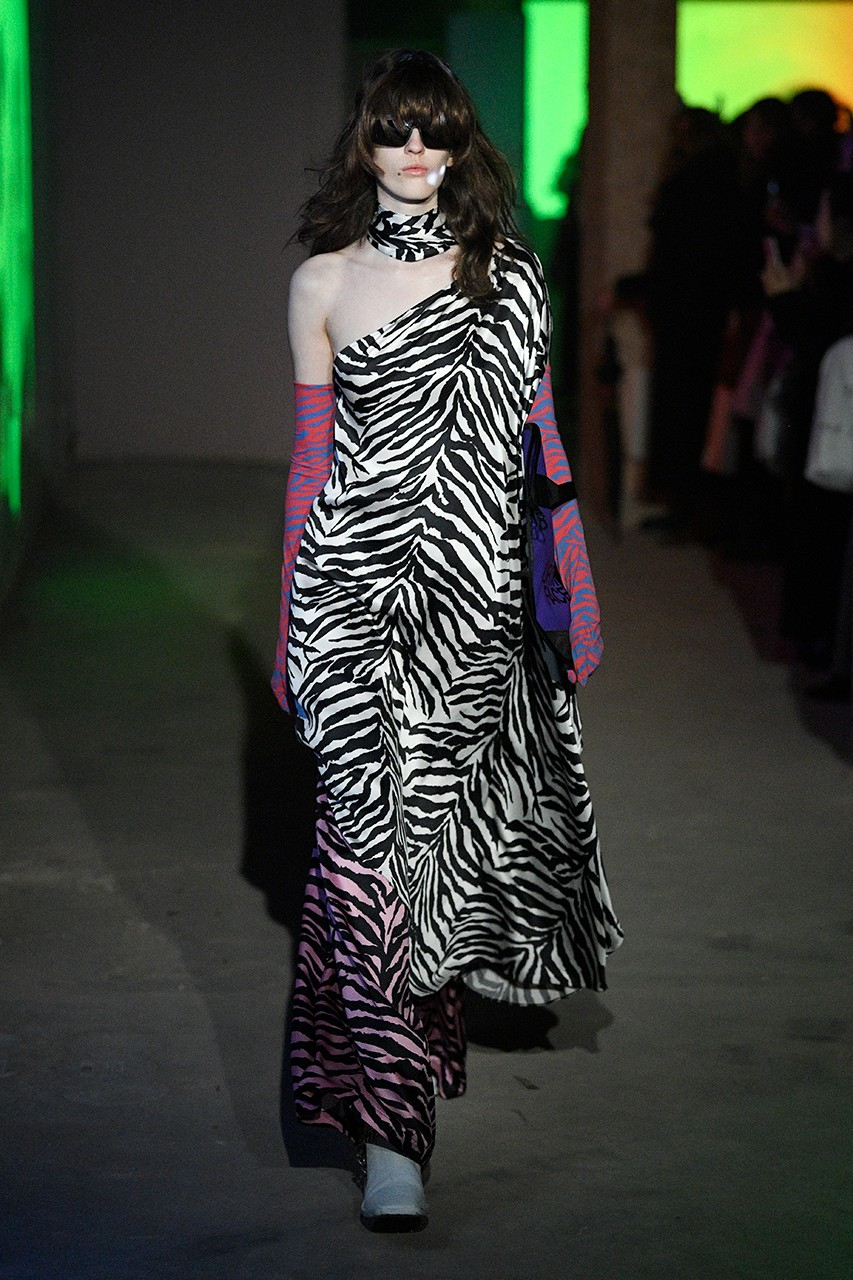 https___hypebeast.com_image_2020_02_mm6-maison-margiela-the-north-face-fall-winter-2020-london-fashion-week-runway-show-8