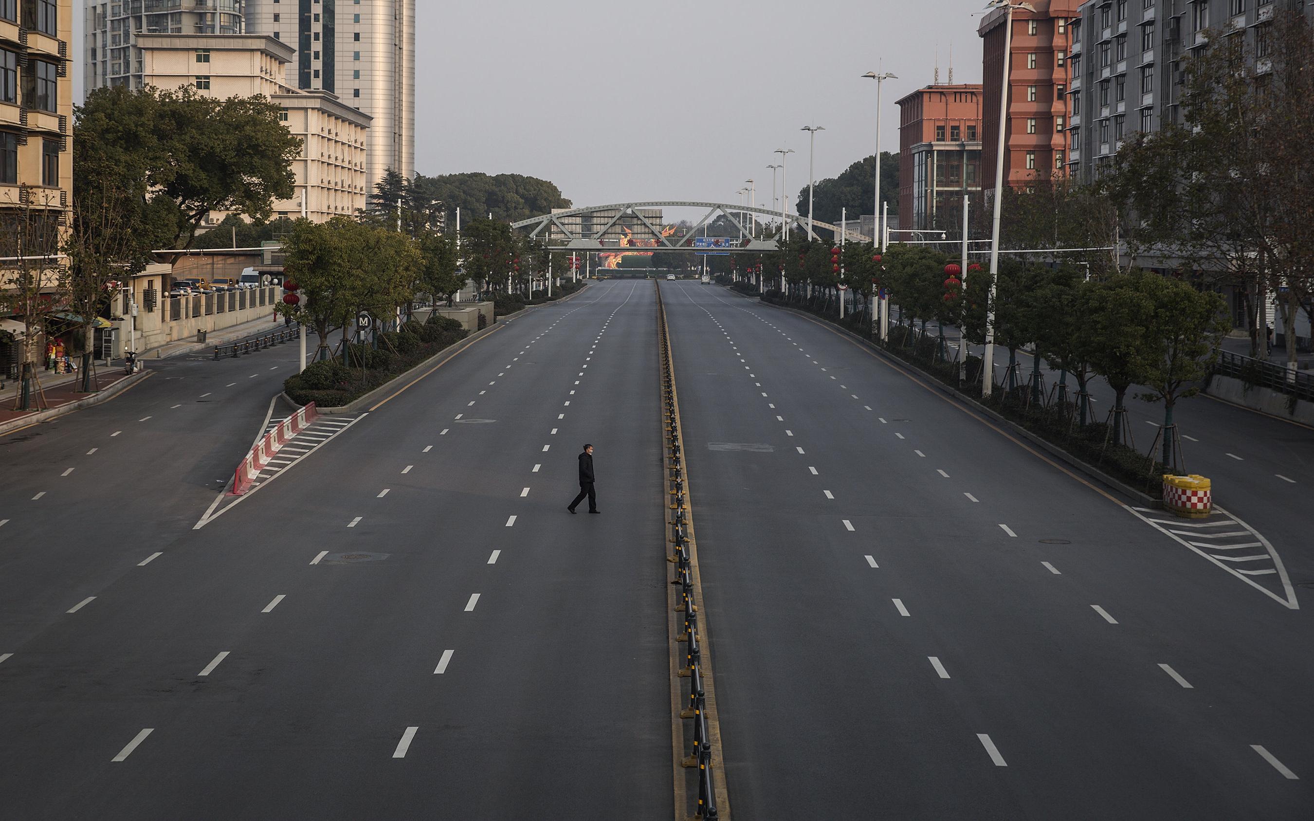El nuevo corto de NOWNESS nos transporta a las desiertas calles de Wuhan