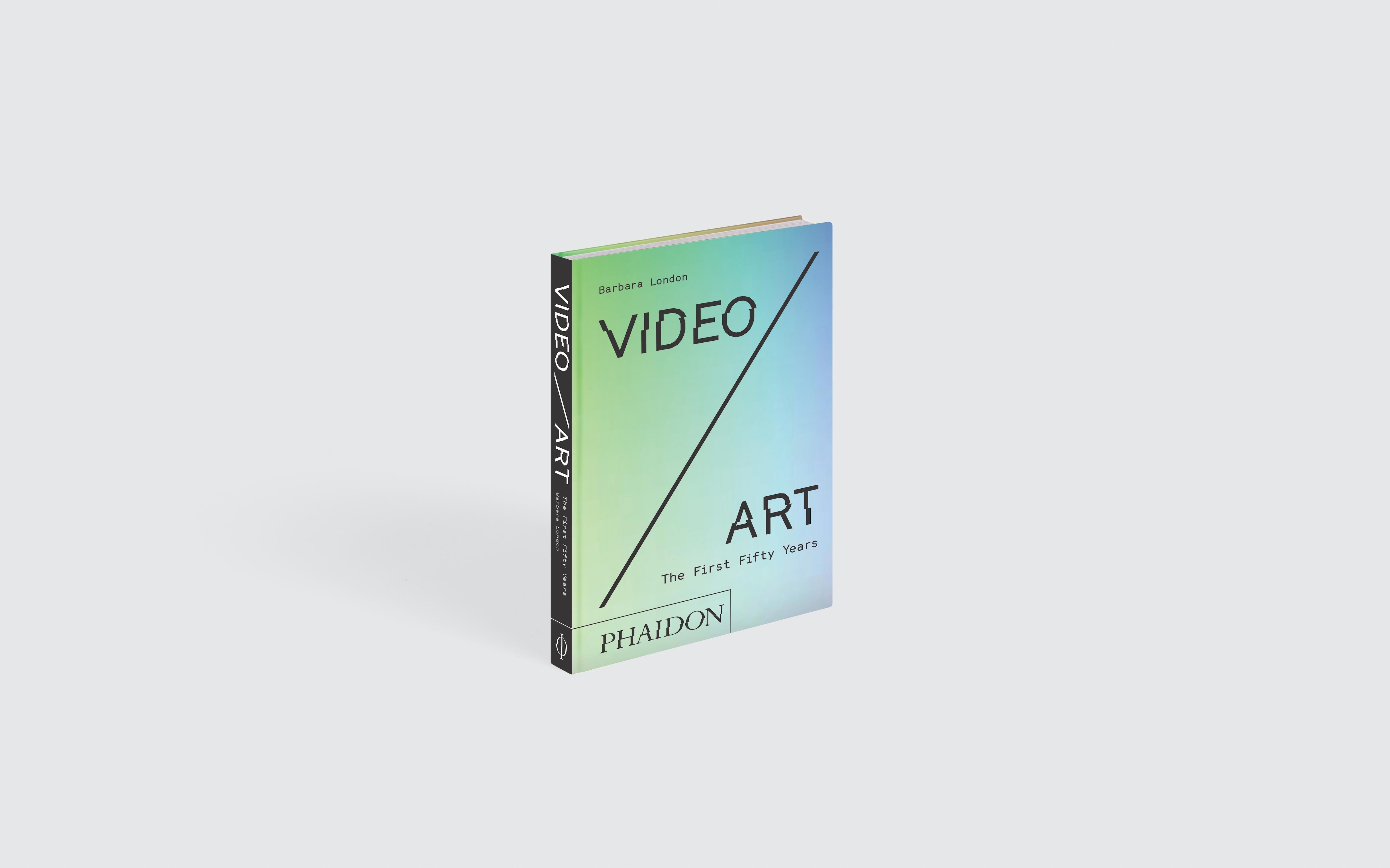 Video-Art-EN-7759-Standing